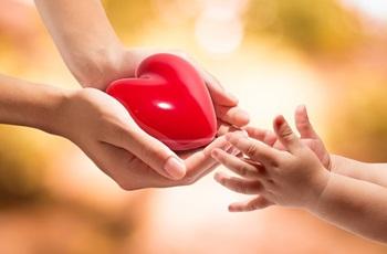 Книжная выставка «Материнское сердце_350.jpg