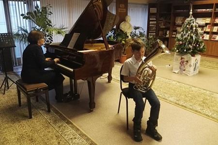 Концерт учащихся Детской школы искусств имени Е. Ф. Светланова «У нас в гостях юные таланты» 450.jpg