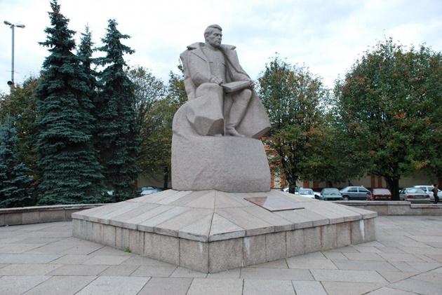 василевский 630.jpg
