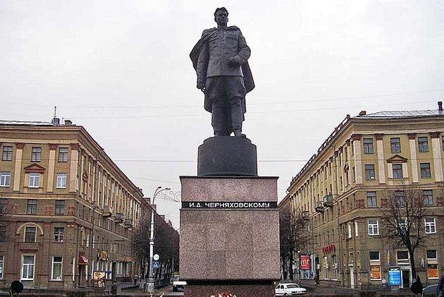 Черняховский_630_.jpg