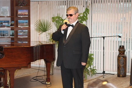 Концерт в РГБС незрячего певца Юрия Николаевича Сарафанова «Три юбилея 450.JPG