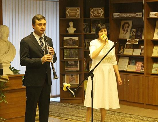 Артем Кулиев и Евгения Ложкина_550.JPG